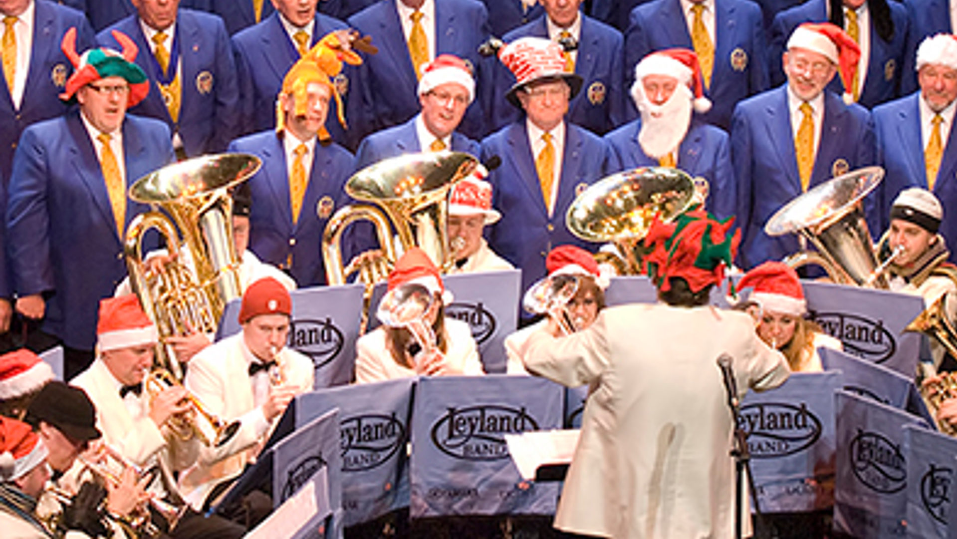 Christmas Voices, Christmas Brass @ Parr Hall, Warrington | England | United Kingdom
